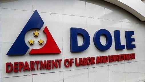 菲律宾政府规定酒店旅游制造业僱主为员工提供免费新冠拭子检测