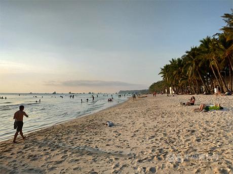 重启观光 菲律宾下月开放长滩岛