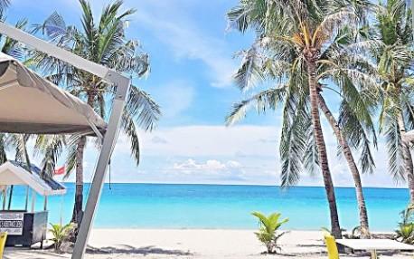 菲律宾国内游客赴长滩岛 无需警方出行许可