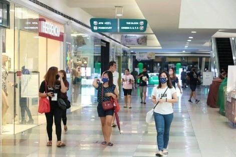 菲律宾允许未成年人入商场 限制措施仍然「严格」