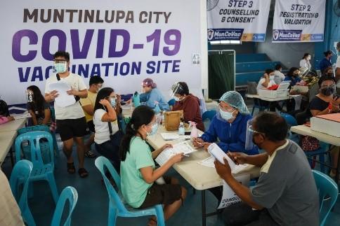 菲律宾马尼拉市恢复免预约接种疫苗